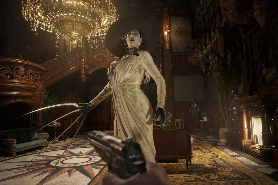 Lady Dimitrescu kennt man bereits aus der Demo und einigen Trailern. Im Schloss wird sie Euch einige schöne Stunden bescheren.