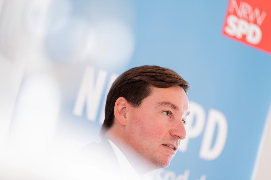 Digitaler Parteitag: SPD in NRW wählt neuen Vorsitzenden