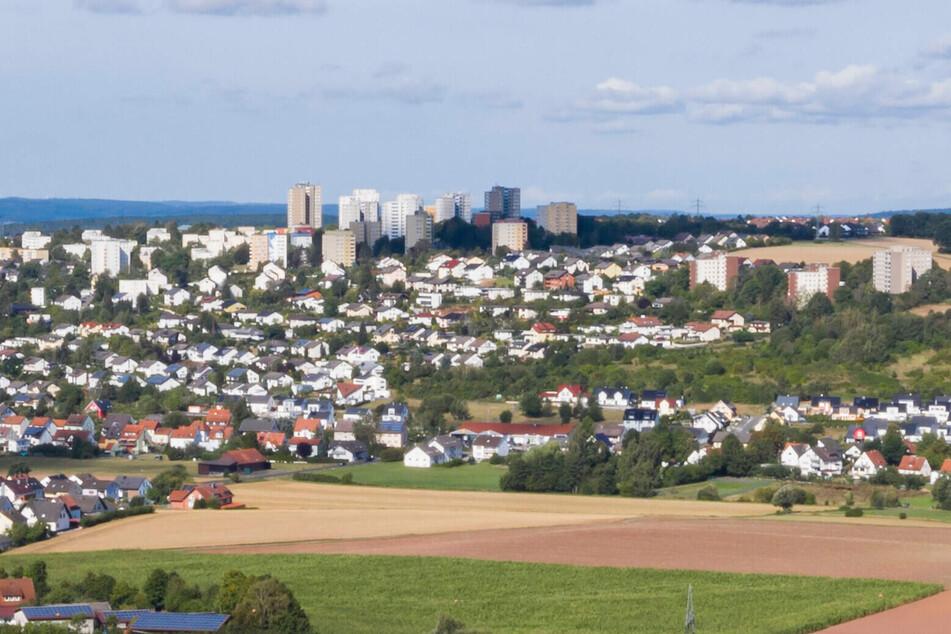 Der Fuldaer Aschenberg gilt als Brennpunkt. In einem der Hochhäuser ereignete sich am 29. März 1996 die schreckliche Tat.