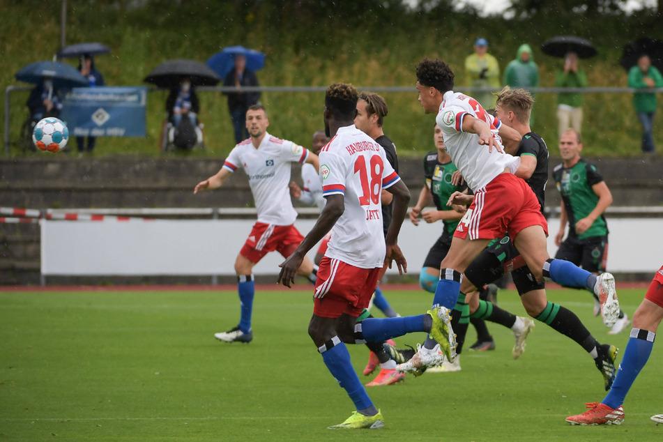 Einziger Treffer der Partie: Jonas David (21) köpft das 1:0.