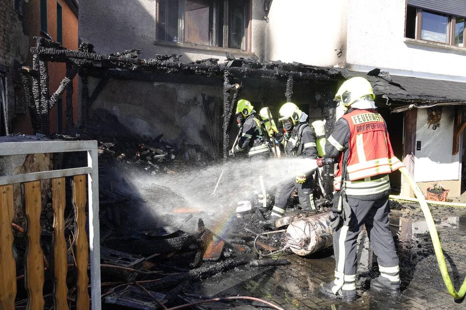 Chemnitz: Nach Garagenbrand in Chemnitz: Zwei Häuser unbewohnbar