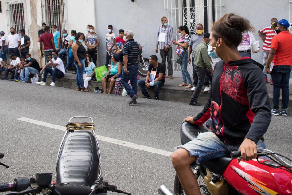 Vor Wahllokal in Urlaubsland: Mann erschießt Anhänger anderer Partei