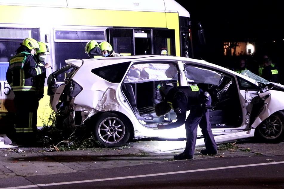 Heftiger Tram-Unfall: Fahrgast (†25) erliegt seinen Verletzungen