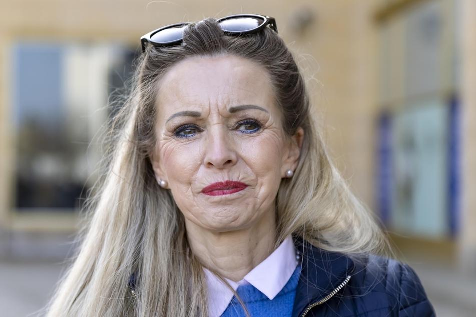 Kosmetikerin Carmen Lindner (58).