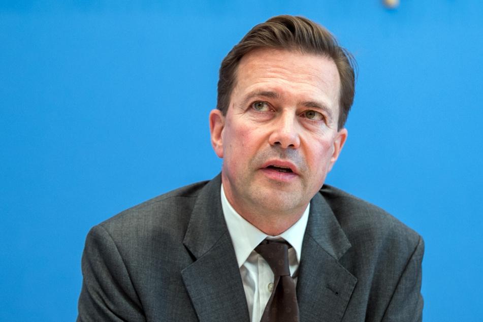 Regierungssprecher Steffen Seibert (59).
