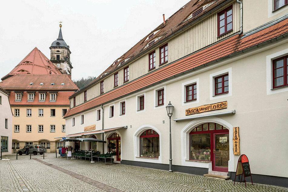 Die Familie baute das Lokal am Königsteiner Stadtplatz mitten im Lockdown um. Drinnen sitzen, darf aktuell niemand. Aber Hetzkes hoffen auf eine Öffnung ab Ostern.