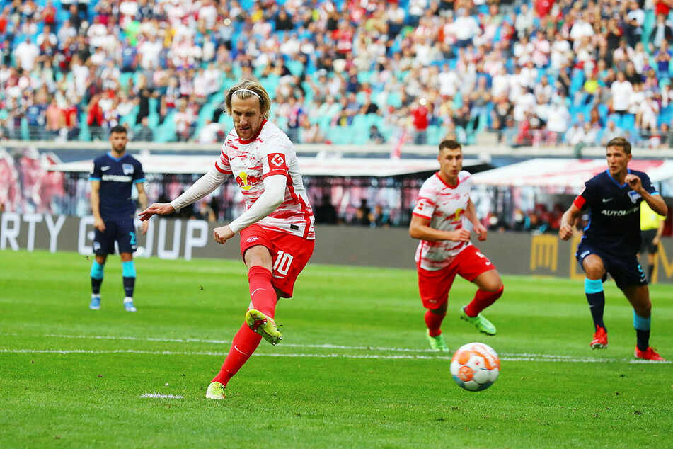 Vom Punkt schob Emil Forsberg zum 4:0 ein.