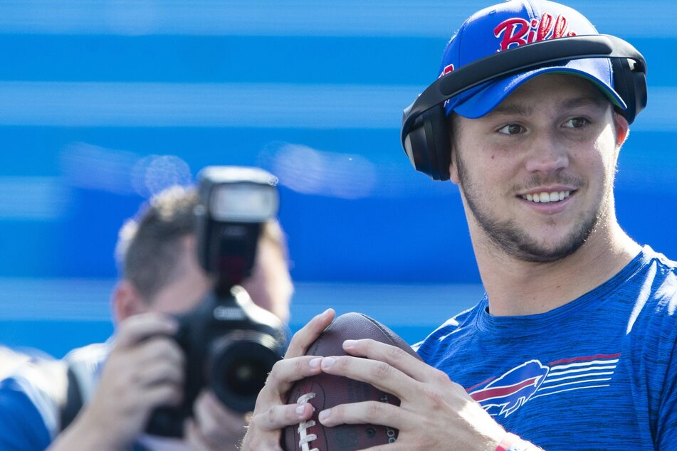 NFL: Josh Allen and the Bills agree to new deal loaded with record-breaking guaranteed money