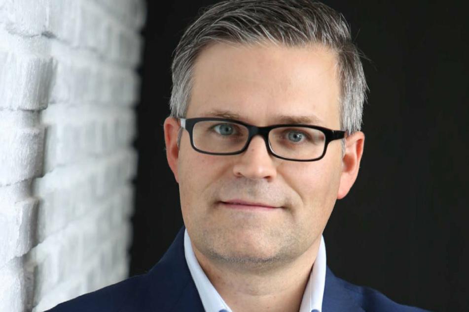 Der Dresdner Immobilien-Unternehmer und Werft-Eigentümer Sven Spielvogel (46) will die Weiße Flotte retten.