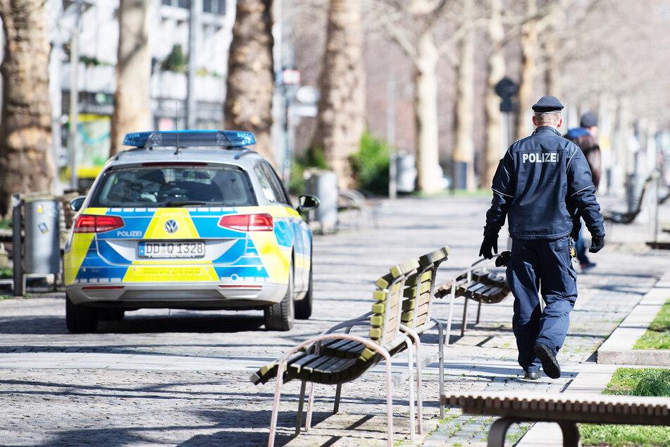 Am Montag hatte die Dresdner Polizei über 50 Corona-Einsätze.