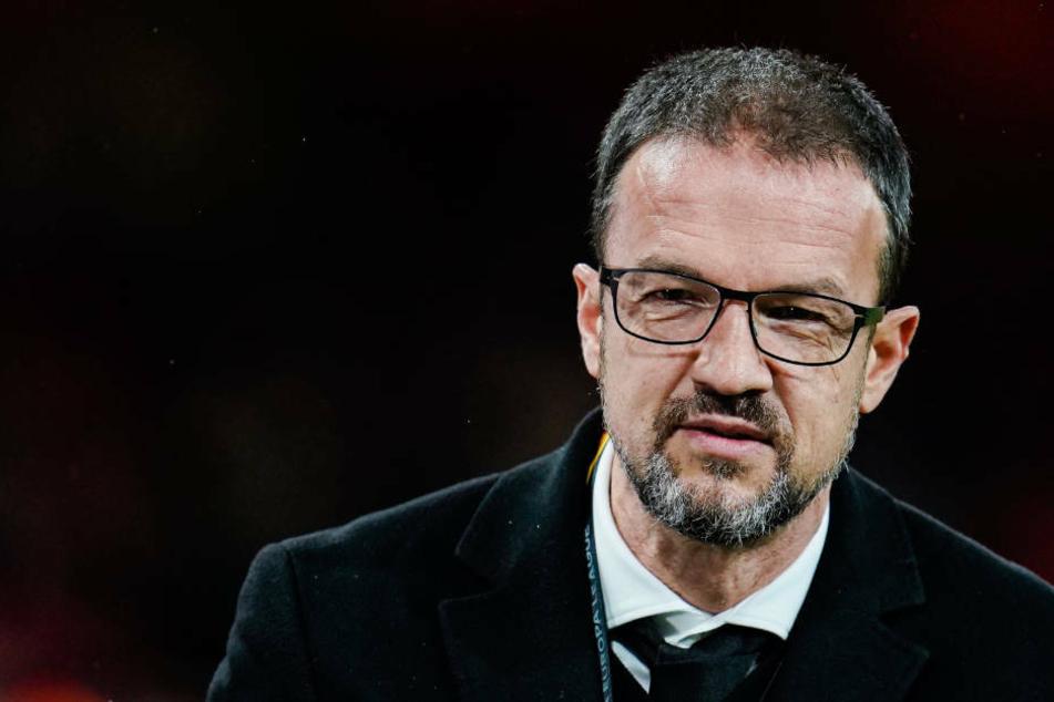 Nicht unzufrieden mit der Saison sei er, sagte Sport-Vorstand Fredi Bobi nach dem 3:2-Sieg von Eintracht Frankfurt gegen den SC Paderborn. (Archivbild).