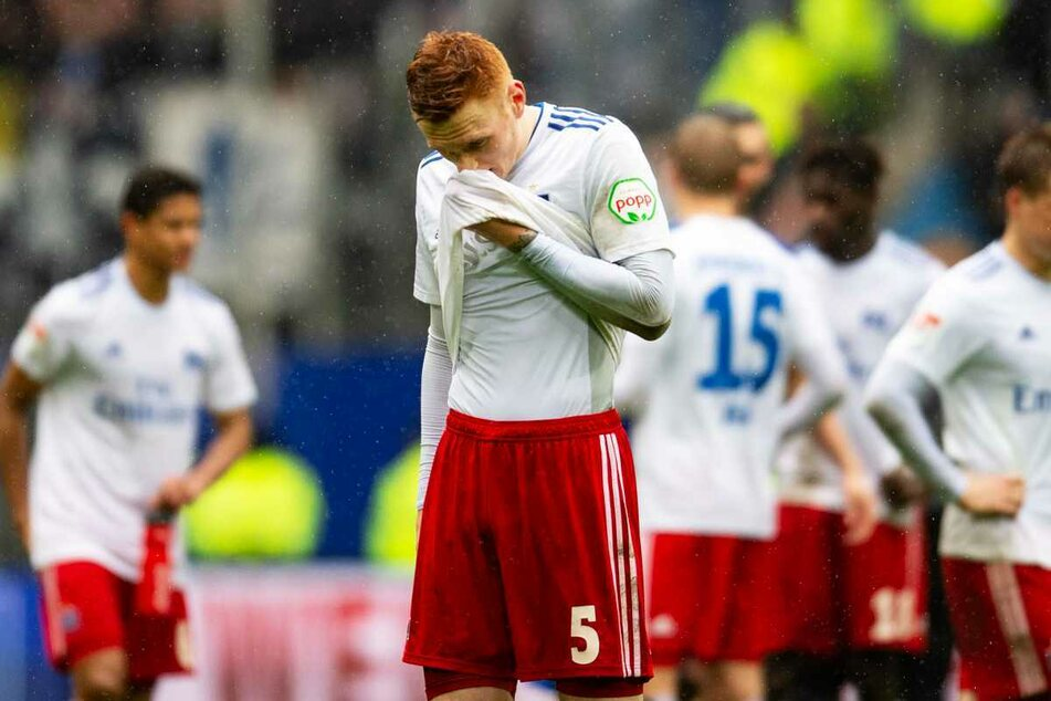 David Bates (24) steht beim Hamburger SV vor dem Abschied. (Archivbild)