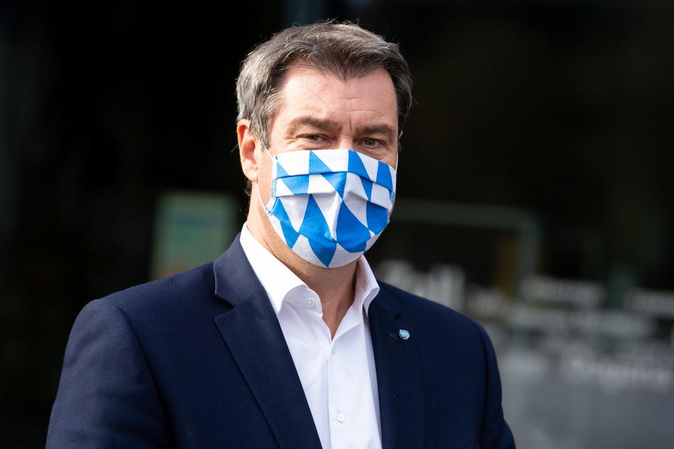 Bayerns Ministerpräsident Markus Söder macht sich für ein bundesweit einheitliches Bußgeld bei Corona-Verstößen stark.