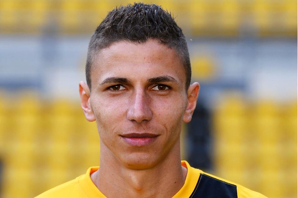 Soufian Benyamina (31) spielte von Juli 2013 bis Januar 2014 bei Dynamo Dresden, kam aber nur auf vier Einsätze für die Profis. Zudem traf er für die damals noch existierende zweite Mannschaft in vier Spielen viermal.