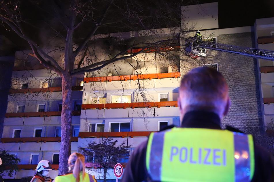 Köln-Mülheim: Zwei Tote bei Wohnungsbrand, acht weitere Menschen gerettet