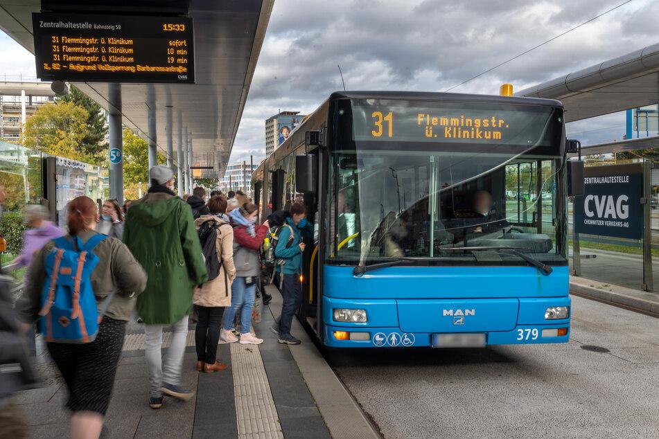 Busfahrern soll das neue Kassensystem vor allem mehr Sicherheit geben.