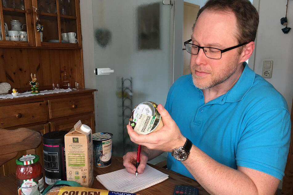 Kalorien zählen, Bewegung und gesunde Ernährung: Bei TAG24-Redakteur Patrick Hyslop hat sich einiges verändert.
