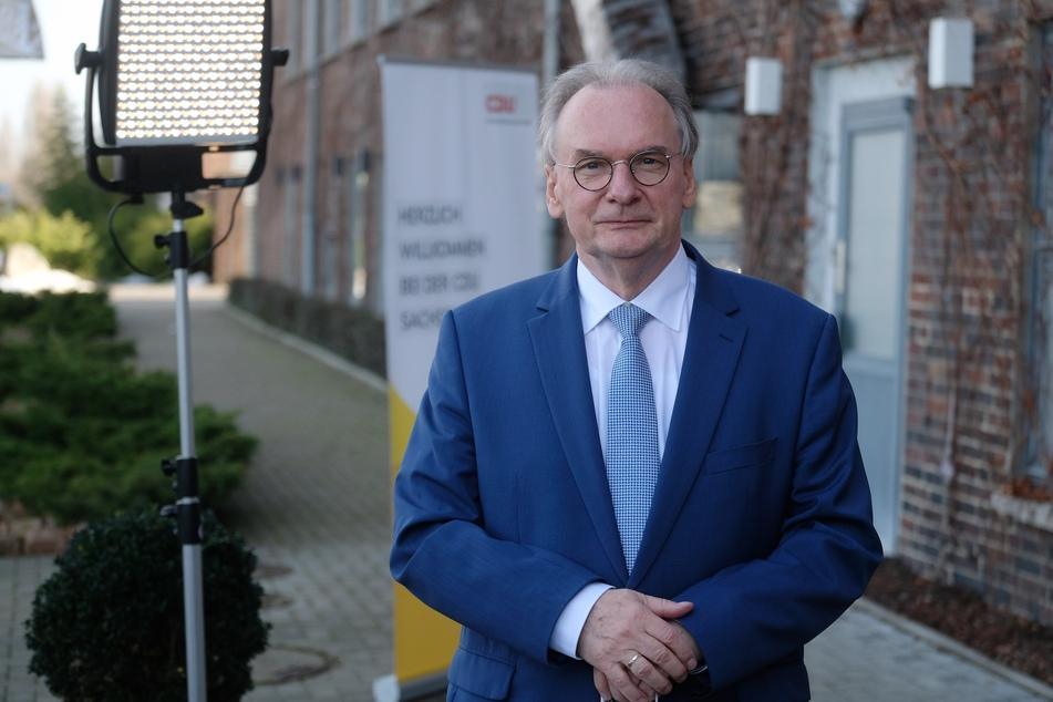 Sachsen-Anhalts Ministerpräsident Reiner Haseloff (67, CDU) wird einen Förderbescheid für den Synagogen-Neubau überreichen.