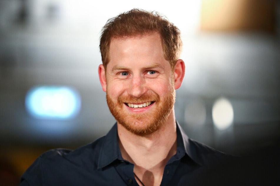 Alle aktuellen News und Hintergründe zu Prinz Harry findet Ihr hier.