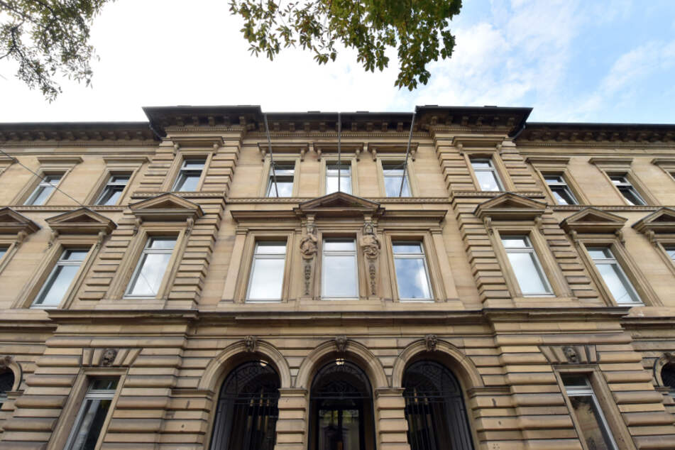 Der Prozess findet am Karlsruher Landgericht statt. (Archiv)
