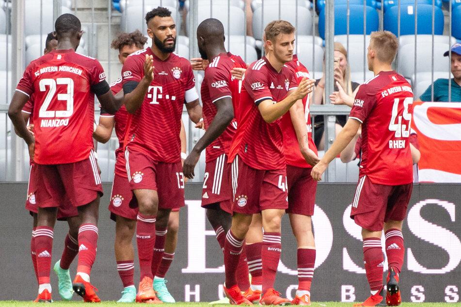 Eric Maxim Choupo-Moting (2.v.l.) brachte den FC Bayern München gegen Ajax Amsterdam mit dem 1:1-Ausgleich zurück in die Partie.