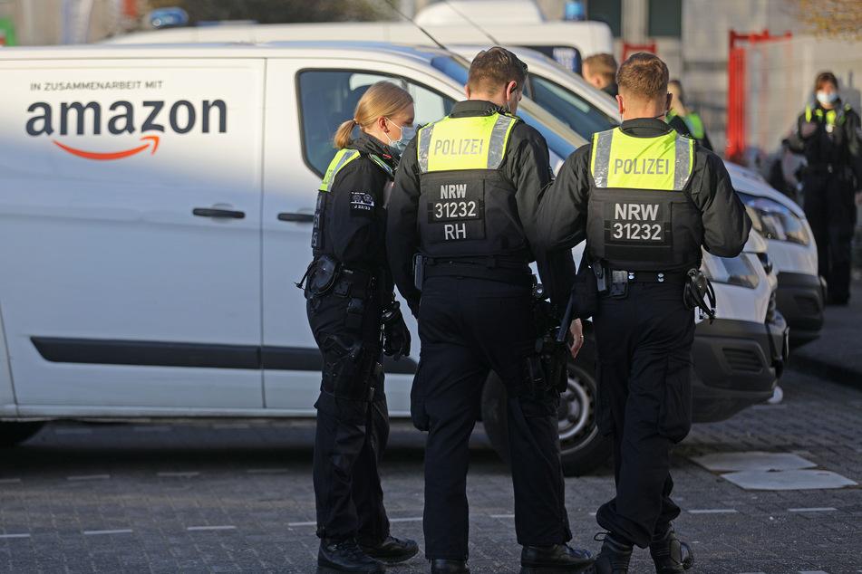 Schwarzarbeit? Razzia bei Amazon-Fahrern in Köln