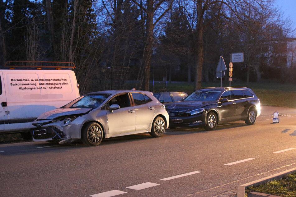 Durch den Zusammenstoß entstand ein Sachschaden von etwa 15.000 Euro.