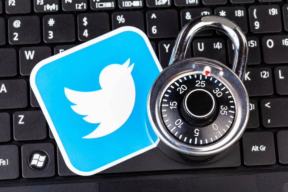 """Tech reporter reveals first look at Twitter's long-awaited """"Safety Mode"""""""