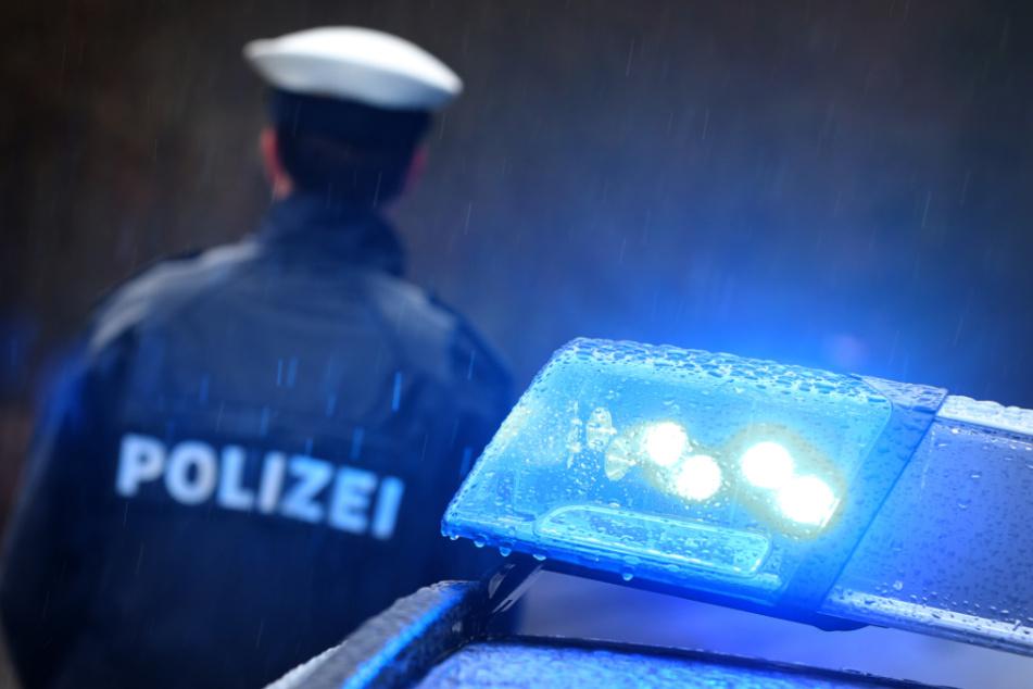 Polizisten attackiert? Schüler wegen versuchten Mordes angeklagt!