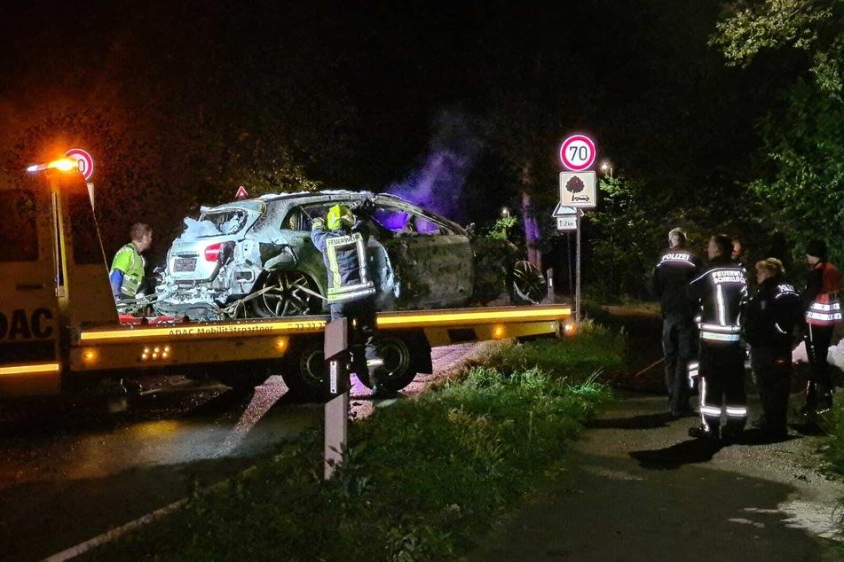 Dann geriet das Auto in Brand.