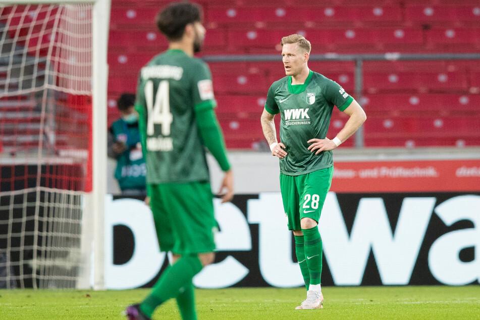Augsburg zeigt kein schlechtes Spiel, dennoch müssen Jan Moravek (l.) und André Hahn einen weiteren Rückschlag hinnehmen.