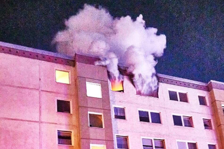 In der ausgebrannten Wohnung entstand durch das Feuer erheblicher Schaden.