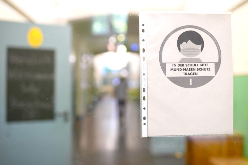 Wegen möglichem Corona-Fall: Erste Berliner Schule schließt!