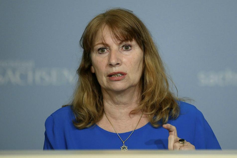 Petra Köpping (62, SPD), Sozialministerin von Sachsen, während der Kabinetts-Pressekonferenz in der Staatskanzlei am Dienstag.
