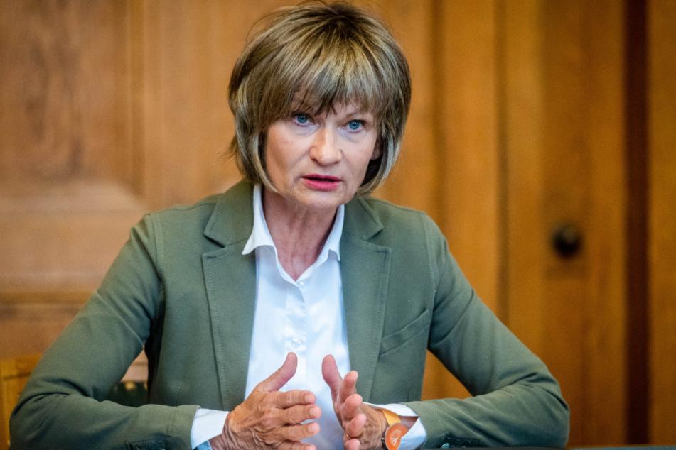 Musste zuletzt eine Bürgereingabe vertagen: Noch-OB Barbara Ludwig (58, SPD). Am 20. September wählen die Chemnitzer ein neues Stadtoberhaupt.