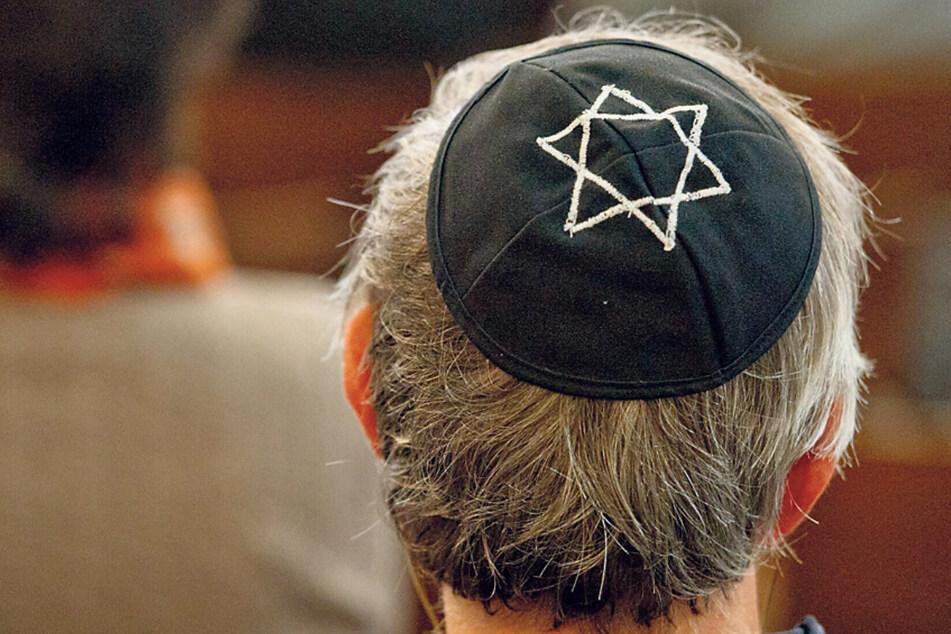 Jüdische Mitbürger sollen in Sachsen besser vor antisemitischen Straftaten geschützt werden.