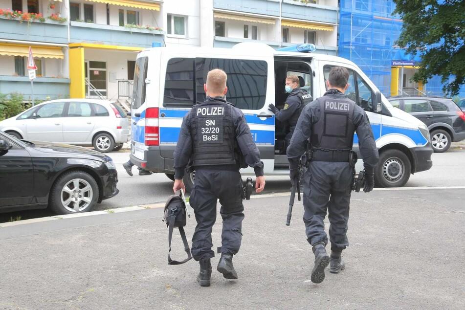 Die Polizeikräfte waren so wie hier in der Florian-Geyer-Straße im Einsatz.