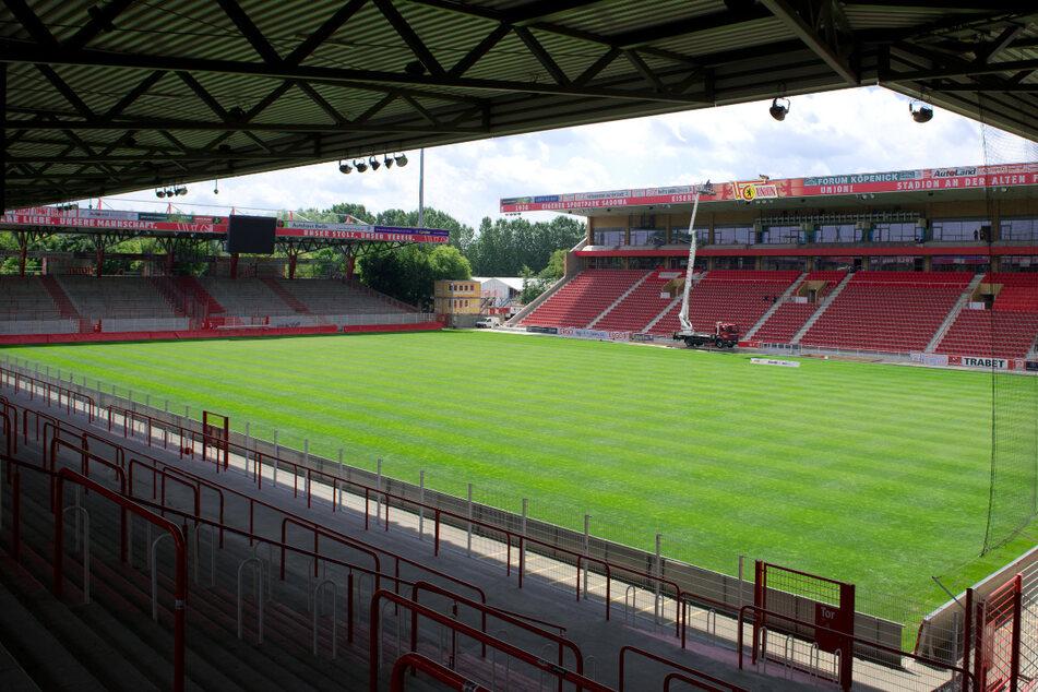Beim Hauptstadtderby zwischen dem 1. FC Union Berlin und Hertha BSC werden die Ränge im Stadion An der Alten Försterei am Ostersonntag weiterhin leer bleiben.