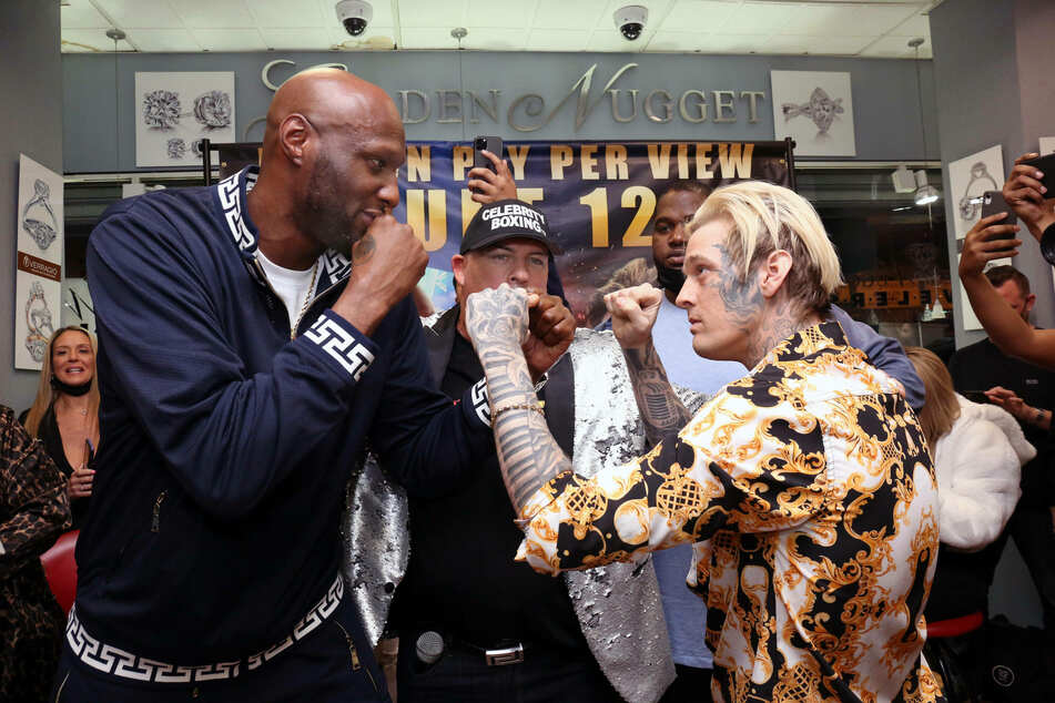 Kardashian ex Lamar Odom and Aaron Carter get physical ahead of boxing match
