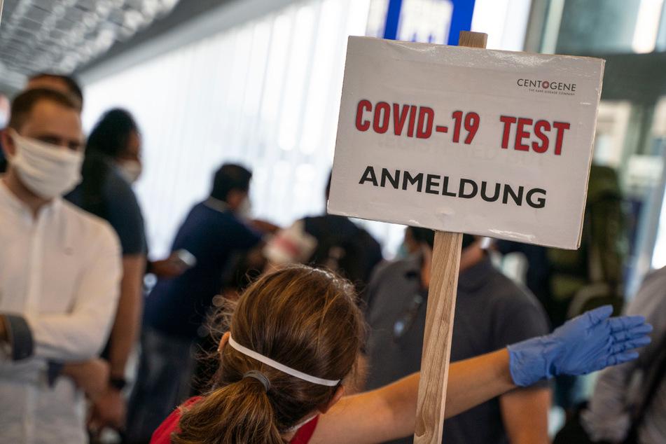 Coronavirus: Fast 2300 Neuinfektionen, höchster Wert seit Ende April