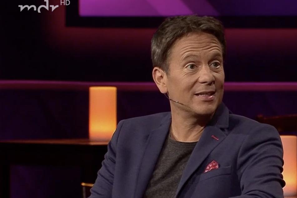 """Riverboat: TV-Arzt Carsten Lekutat: """"Möchte gern jeden impfen, der nicht bei drei auf den Bäumen ist!"""""""
