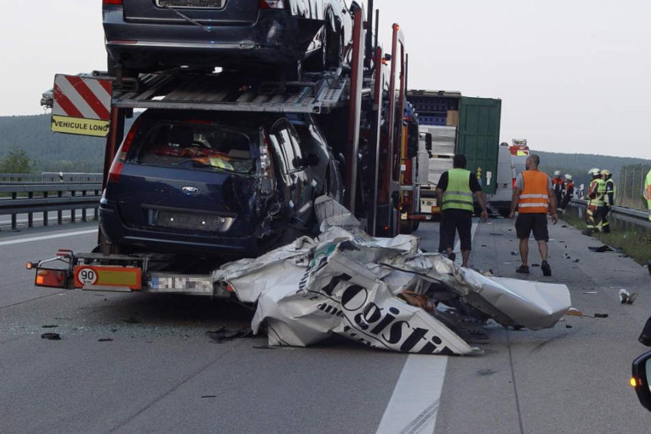 Schwerer Unfall: 25-Jähriger stirbt bei Crash auf der A6