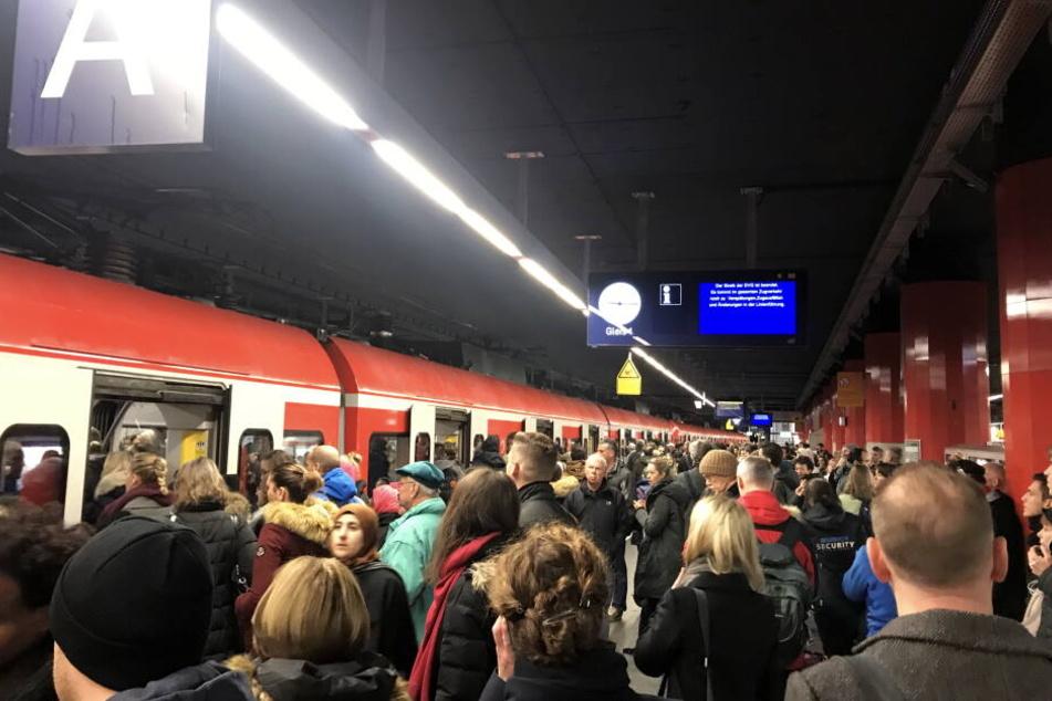 Auf der S-Bahn Stammstrecke konnte am Mittwochnachmittag kein Zug fahren. (Archivbild)
