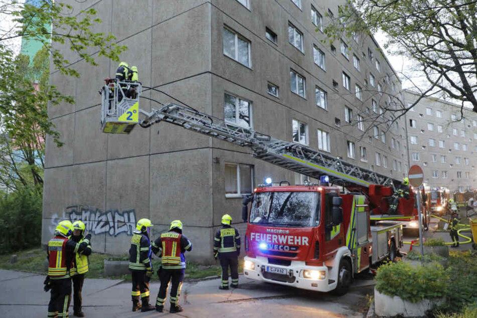 Die Feuerwehr war am Sonntagmorgen in der Chemnitztalstraße im Einsatz.