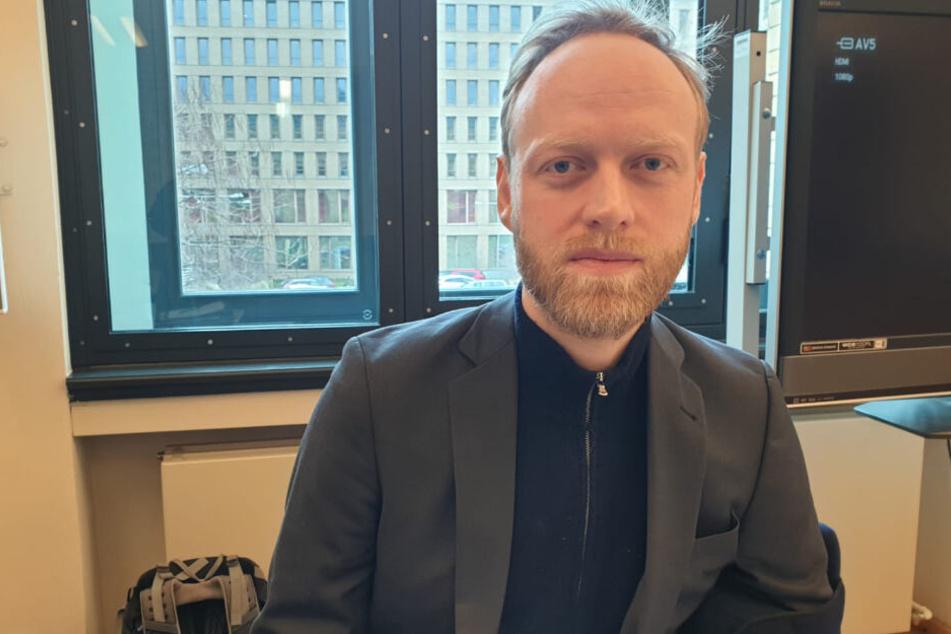 Der Forensische Psychiater Dr. Jan Lange (37).