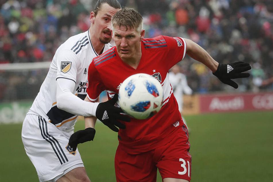 In der MLS trifft er unter anderem auf den Schweinsteiger-Klub Chicago Fire. Mit dem 35-jährigen Ex-Bayern-Profi spielte er bereits bei Manchester United zusammen.