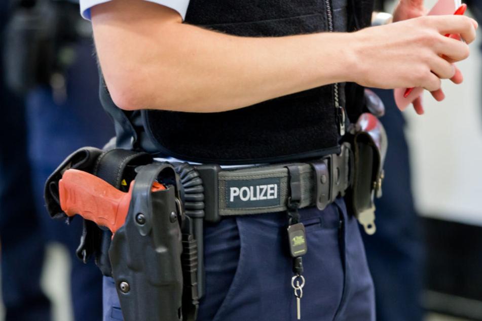 Ein Berliner Polizeioberkommissar steht unter Korruption-Verdacht. (Symbolbild)