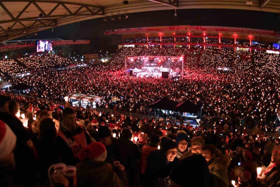 Am 23. Dezember findet wieder das traditionelle Weihnachtssingen beim 1. FC Union Berlin statt.