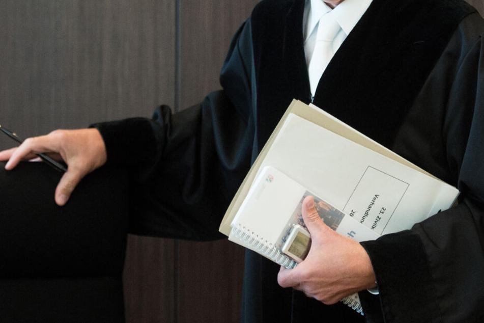 Rund 95 Richter fehlen in Baden-Württemberg. (Symbolbild)