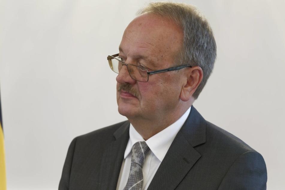 Herbert Landau übernimmt den Vorsitz der Expertenkommission.